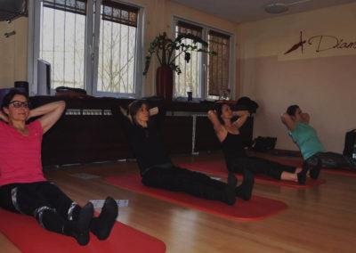 Diamond-pilates-szkolenia-kursy-zajecia-pilates-yoga1-bg-min